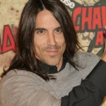 anthony kiedis rhcp chainsaw awards close up