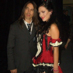 kiedis-can-can-girl