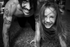 anthony kiedis crawling with everly bear