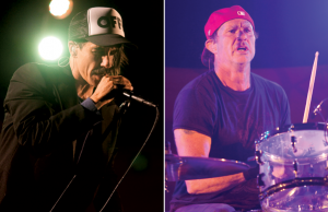 anthony kiedis live on stage with Red Hot Chili Peppers new