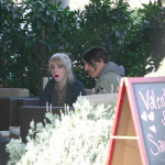 Malibu-Beth-Jeans-Houghton-Anthony-Kiedis-crutches-LA-January-11-2012-1