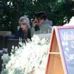 Malibu-Beth-Jeans-Houghton-Anthony-Kiedis-crutches-LA-January-11-2012-4