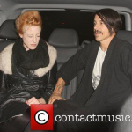 beth-jeans-houghton-anthony-kiedis-Scotts-restaurant-London-September-2-2011-3