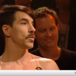 Later-Jools-Holland-Anthony-Kiedis-RHCP-November-2011-3.png