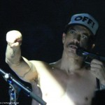 Birmingham-LG-Arena-19-November-2011-Anthony-Kiedis-48
