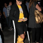 Lakers-25-January-Anthony-Kiedis-crutches-9