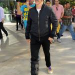 anthony Kiedis walking foot cast