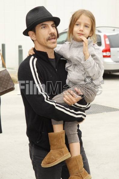 anthony Kiedis with son Everly bear at book launch for I swam with a mermaid