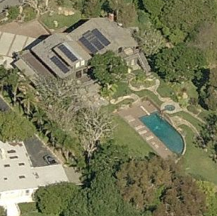 photo: house/residence of cool 120 million earning Malibu, California, USA-resident
