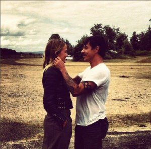 anthony kiedis new girlfriedn lara bingle australian January 2013