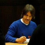fandemonium-book-signing-november-2014-LA-The-Grove-RHCP-19