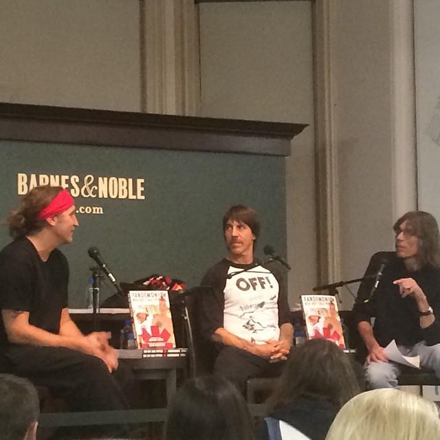 rana-Anthony-kiedis-Dave-mushegain-NYC-Fandemonium-book-signing-1