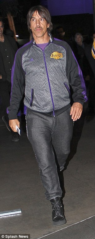 7-january-2015-anthony-kiedis-la-lakers