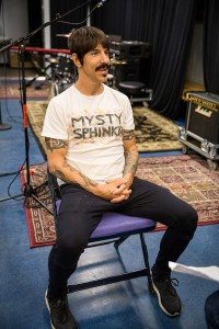 red-hot-chili-peppers-anthony-kiedis-nella-nuora-yle